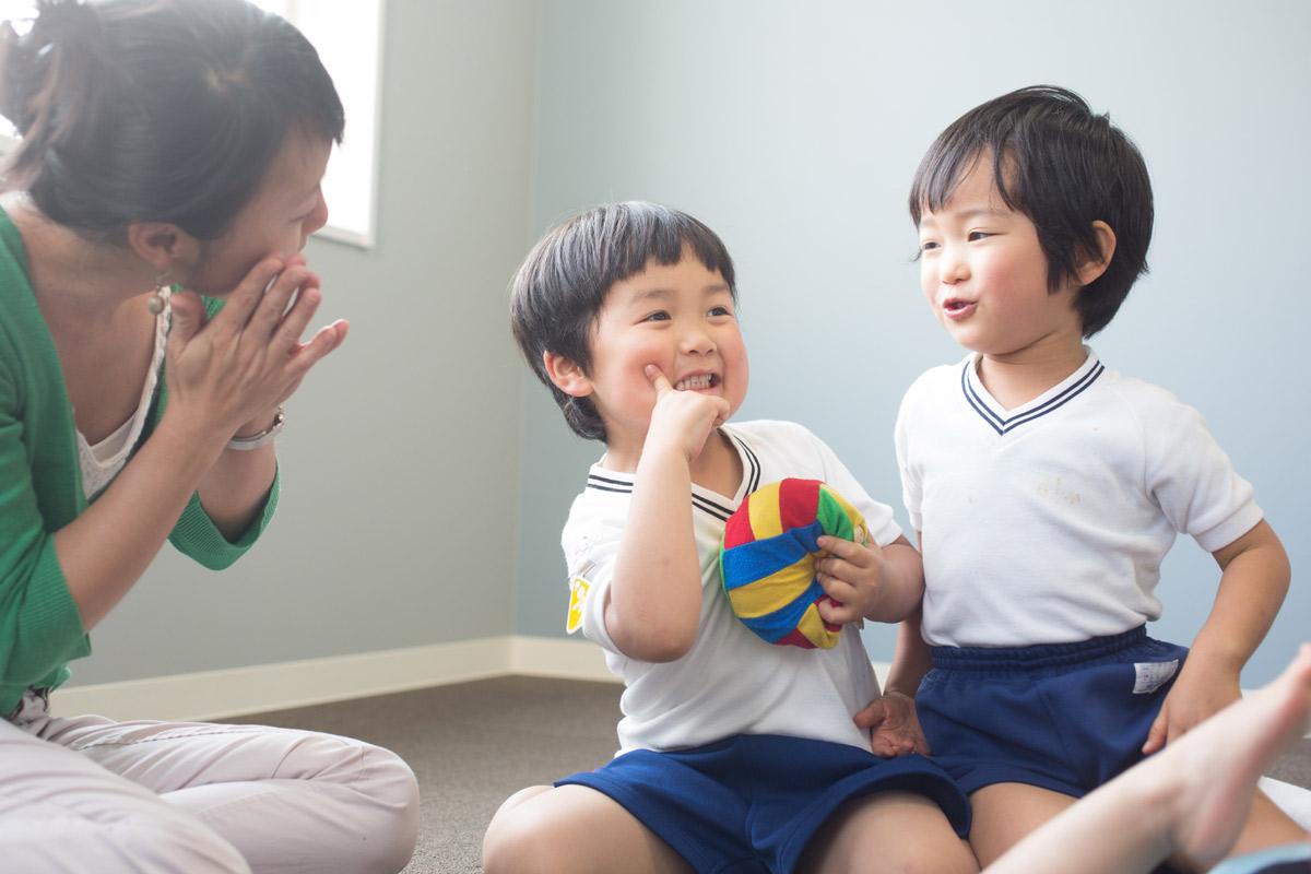 園児の英会話グループレッスン | サカイイングリッシュスクール