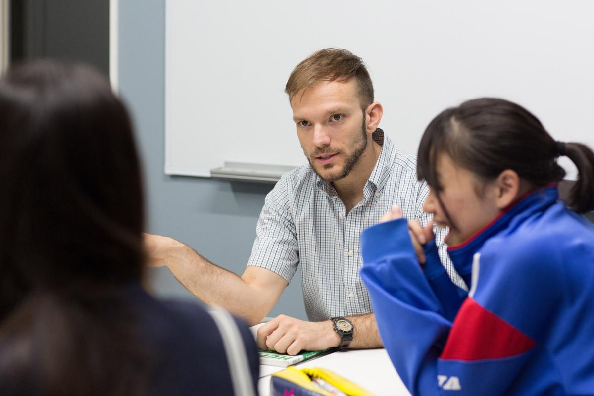 中学生の英会話グループレッスン・英語クラス